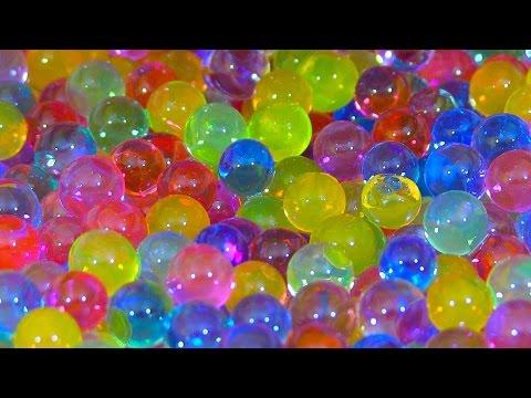 ORBEEZ Challenge surprise toys unboxing/ Ищем киндер сюрпризы  в разноцветных шариках Орбиз