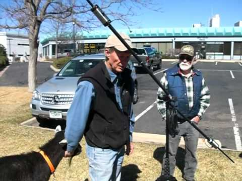 WG0AT (Steve Galchutt) explains his the Buddipole antenna to the Colorado QRP Club