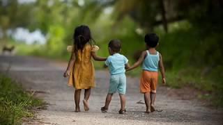 download lagu Labarik Na'in Tolu Three Little Child - Gina Coreia gratis