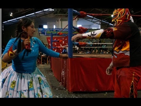 Cholitas Wrestling, El Alto, Bolivia | by Go East