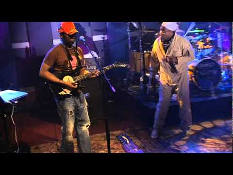 Living Colour - Wall