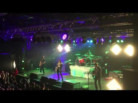 18 - Freak Like Me - Halestorm (Live in Raleigh, NC - 4/07/16)