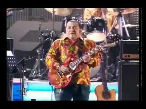 Игорь Саруханов   Парень с гитарой