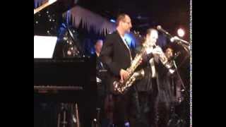 Watch Aretha Franklin Kissin