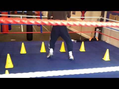 boxing training shadow boxing footwork drills Image 1