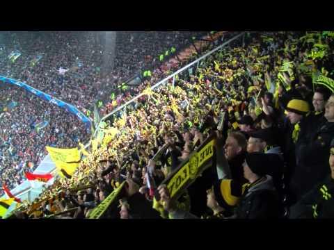 BVB Fans singen BVB Walzer: Ajax Amsterdam - Borussia Dortmund 1:4 Champions League 2012