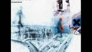 Watch Radiohead Lucky video