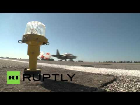 Syria: Russian Sukhoi jets head to IS territory from Latakia airbase