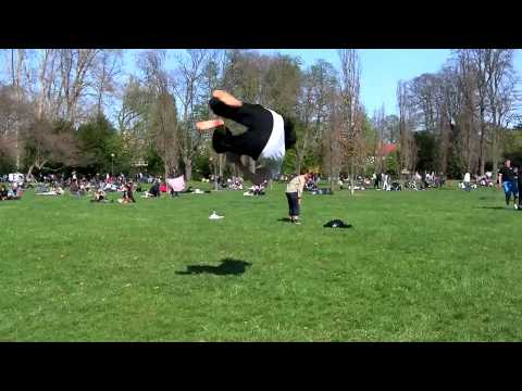 Andrea Catozzi & Yann Miettaux - Acrobatics / Tricks in Lyon (2010)