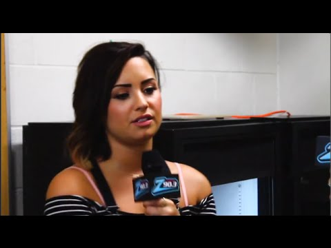 Demi Lovato Gets Defensive Over Taylor Swift! (INTERVIEW)