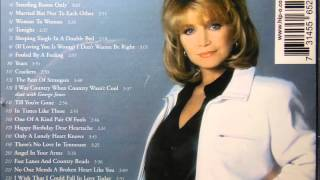 Watch Barbara Mandrell Fooled By A Feeling video