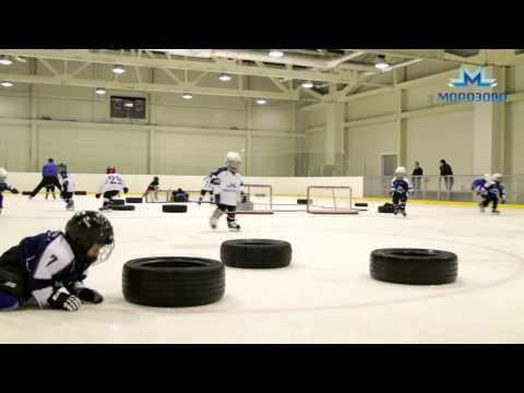 Видео с тренировки детей в «Академии хоккея»