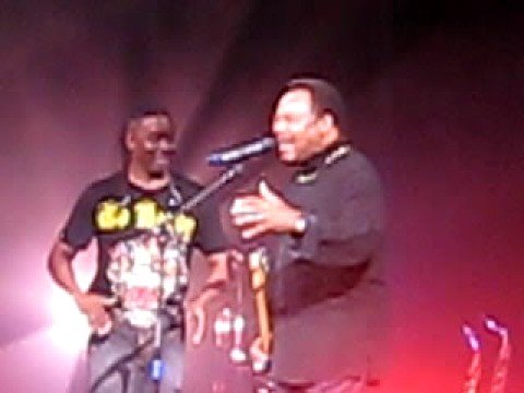 George Benson sings with Earth, Wind and Fire! Music Videos