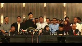 Tun Dr Mahathir: First Press Conference As The New Malaysian Prime Minister