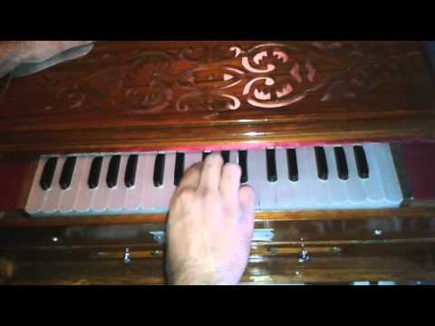 Main Khayal Hoon Kisi Aur Ka (Nusrat Version) played on Harmonium...