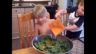 How to Make The Best Kale Chips Ever!!