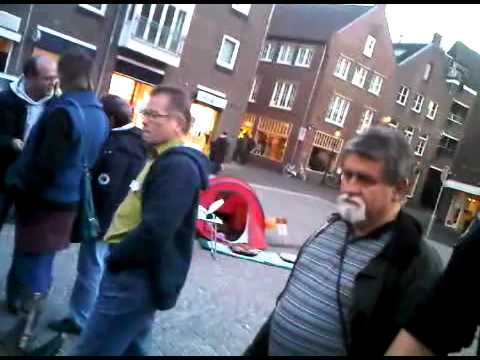 Einde vreedzame bezetting Occupy Venlo door poltieoptreden ! - POLITIEOPTREDEN OCCUPY VENLO OP LAST 
