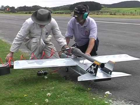 Pulsejet powered World Models TameCat RC plane. maiden flight