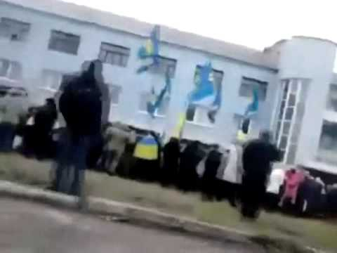 Donetsk region - Kramators'k Rally outside the recruiting office against mobilization 04 02 2015