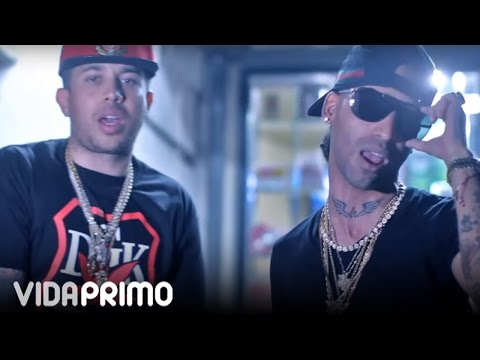 Estamos Aqui - Arcangel Y De La Ghetto -  Official Video 2013