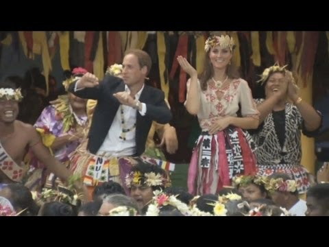 Prince William and Kate Middleton dancing