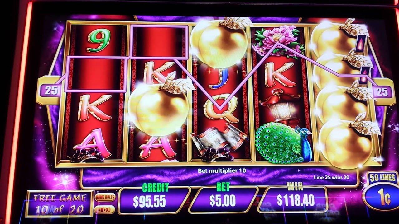 Golden peach slot machine