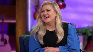 Kelly Clarkson Dishes On Her New Talk Show, Taylor Swift and MORE! (Full Interview)