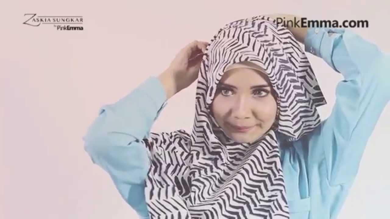 Zaskia Sungkar Hijab Tutorial Drapery Style Dengan Pashmina Bermotif Youtube