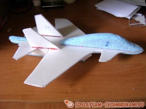 Как сделать самолет из потолочной плитки видео