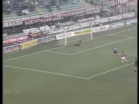 10° Giornata del Campionato 1994-1995 Goals : 4' D.Fontolan (INTER) 50' P.Maldini (MILAN)