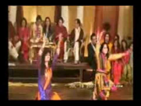 Mehndi Girls Dance Maine Payal Hai Chankai