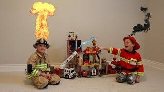 Playing with ... Fireman and Fire Truck Toys!