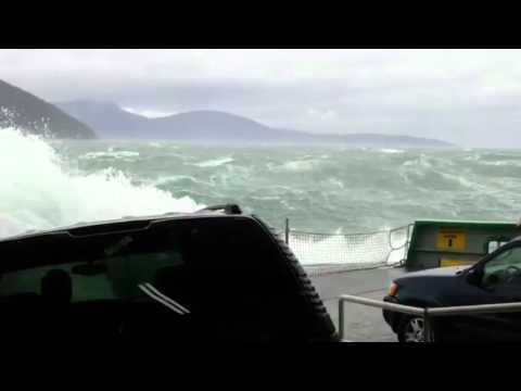 Massive waves crash onto cars, sound off alarms on Washington State Ferry