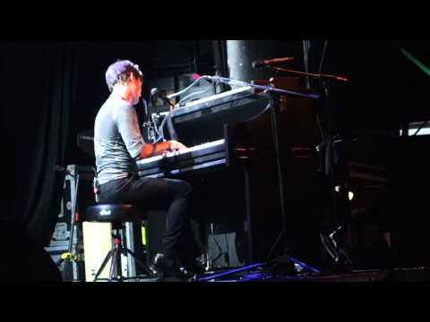 Hanson - RNRTour - Chicago - Taylor's Solo - A Song For you (Cover)