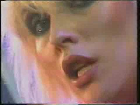 Blondie - Living in The Real World