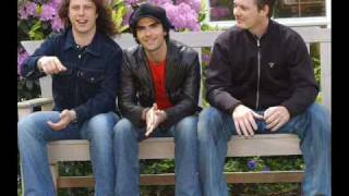 Watch Stereophonics Home To Me video
