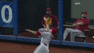 ARI@NYM: Quintanilla cracks a triple to right field