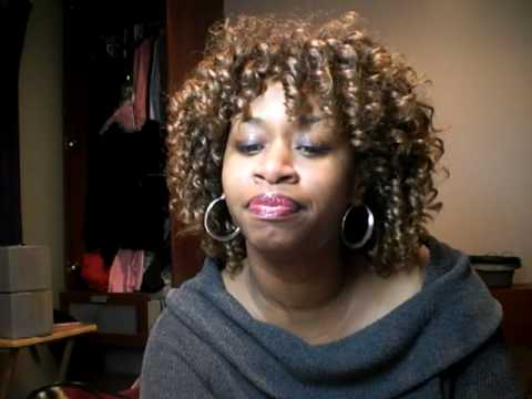Rude Boy by Rihanna Translation by GloZell.MOV
