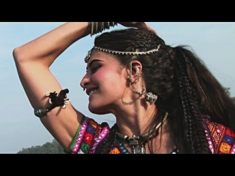 Learn Jadoo Ki Jhappi Dance Steps with Jacqueline - Ramaiya...