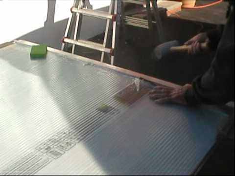 Greenhouse polycarbonate panel installation