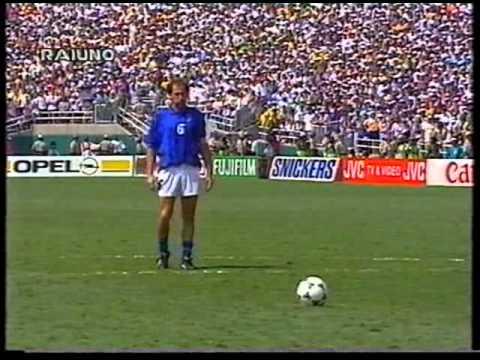 """Coppa del Mondo FIFA 'Usa 1994' - Finale Telecronaca tempi supplementari + calci di rigore (commento Bruno Pizzul e Carlo Nesti) 17/07/1994 - Pasadena, """"Rose..."""