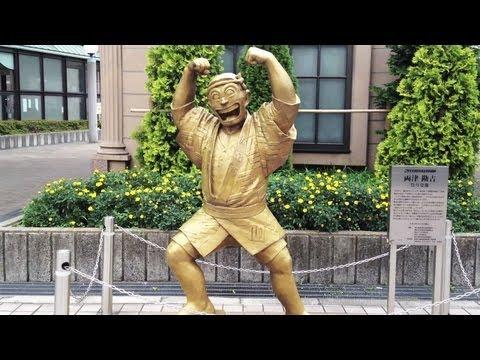 Kochikame Statues at Kameari, Tokyo [iPhone 4S/HD]
