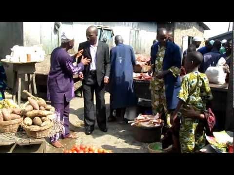 Nollywood Promo - Tunde Kelani directs Funke Akindele on the Abeokuta set of MAAMi