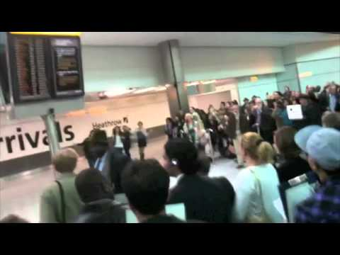 The NEW T-Mobile Welcome Back Ad, Brand New T-Mobile Heathrow Terminal 5 Flash Mob Advert