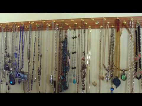 Quick and easy necklace and jewelry organizer youtube for Make your own jewelry rack