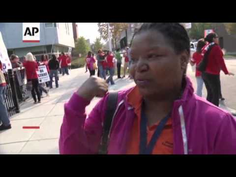 Chicago Teachers Call for 'Respect' From Mayor