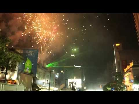 Bangkok 2014 Happy New Year – Countdown & Firework – Central World