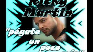 Watch Ricky Martin Pegate video