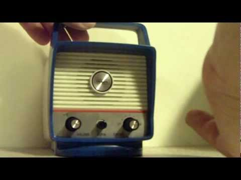 NOS VINTAGE SEARS AM BICYCLE RADIO... VERY COOL