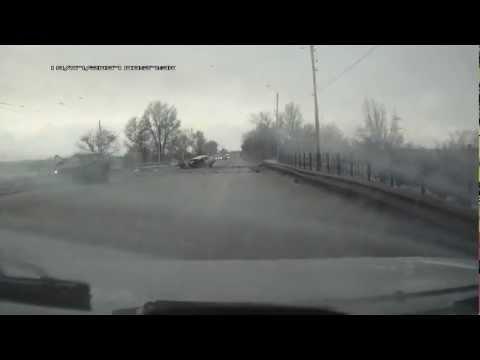 Новочеркасск авария спуск Герцена 24.03.2013